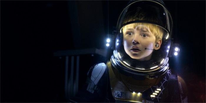 Critique Perdus dans l'espace Saison 1: les Robinsons se la joue Interstellar