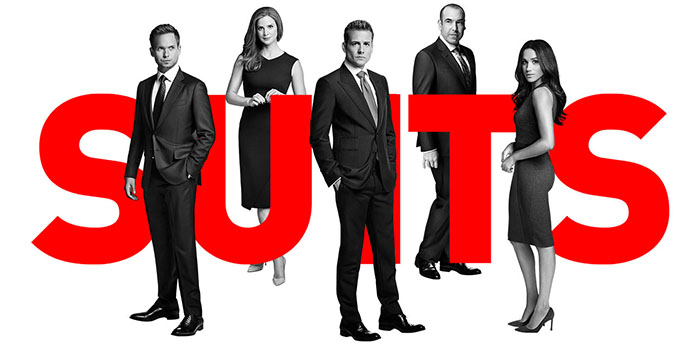 Critique Suits saison 7 : les avocats seront bientôt marrons…
