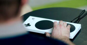 La manette adaptative Xbox est officiellement présentée !