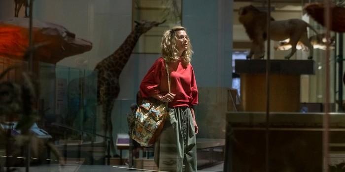 Wonder Woman 2 : Kristen Wiig se montre avant Cheetah