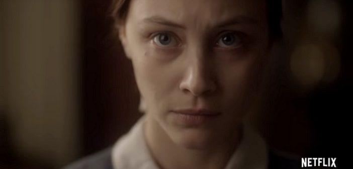 Critique Netflix - Captive aux mains écarlates