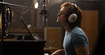 Rocketman : Taron Egerton chante Elton John dans la featurette !
