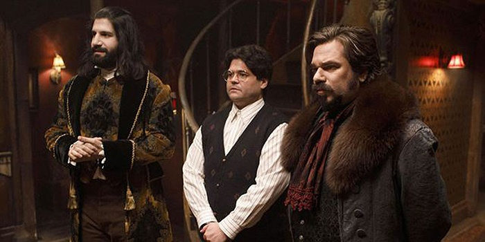 Critique What We Do in the Shadows saison 1 épisode 1 : quel intérêt ?