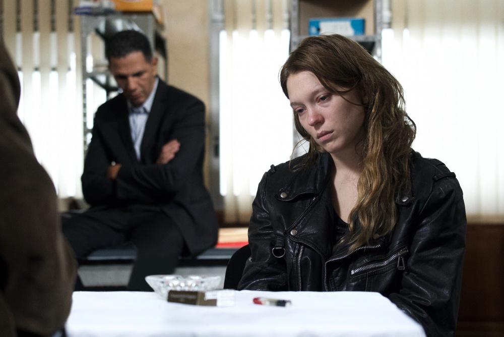 Cannes 2019 - Critique  Roubaix, une lumière : l'humanité décortiquée