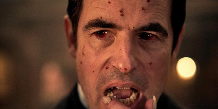 Le premier teaser sanglant est là — Dracula