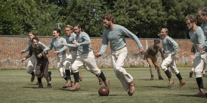 Critique The English Game : le football ne se joue pas que sur un terrain