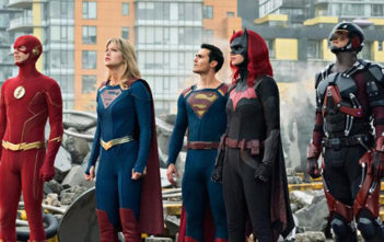 Le Arrowverse, Superman & Lois ne reviendront qu'en 2021