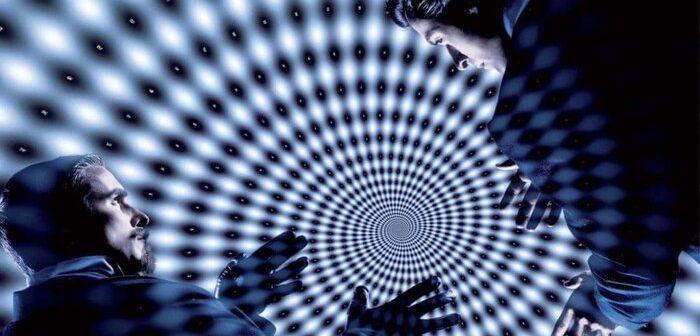 Christopher Nolan-Critique Le Prestige : Un tour de magie méta