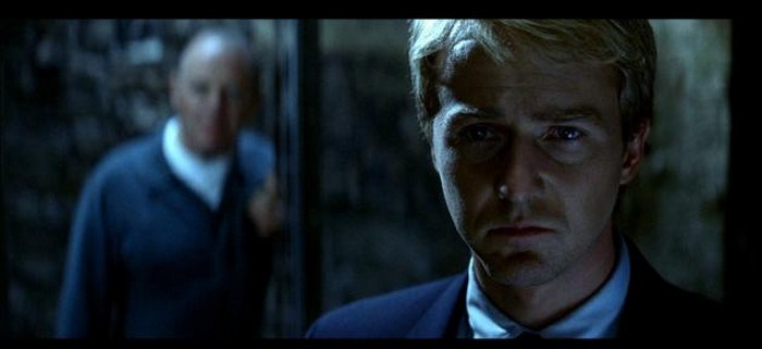 Hannibal Lecter - Critique Dragon Rouge : Buffet Froid